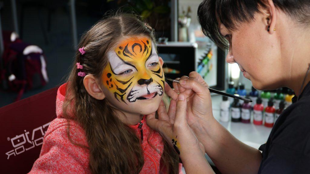 Facepainting Tiger von Silke Kirchhoff mit Senjo Color