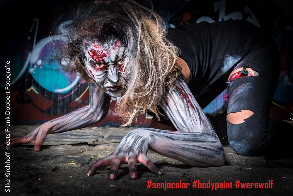 Modelo del hombre lobo Bodypainting