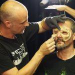 Zombie schminken mit Enrico von Senjo Color